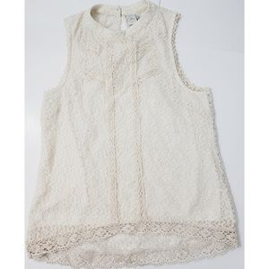 5/$25 Paper Vrane cream lace sleeveless shirt